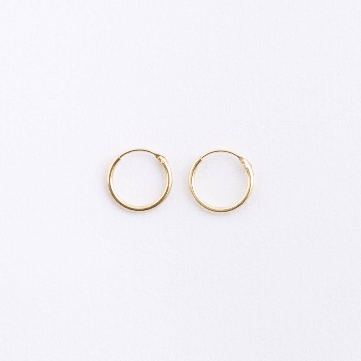 9ecc60b68 Small Gold Hoop Earrings • HOPSCOTCH •