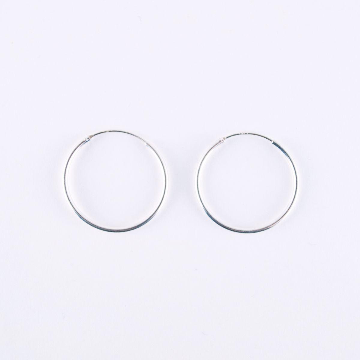 hopscotch_large hoop earrings silver