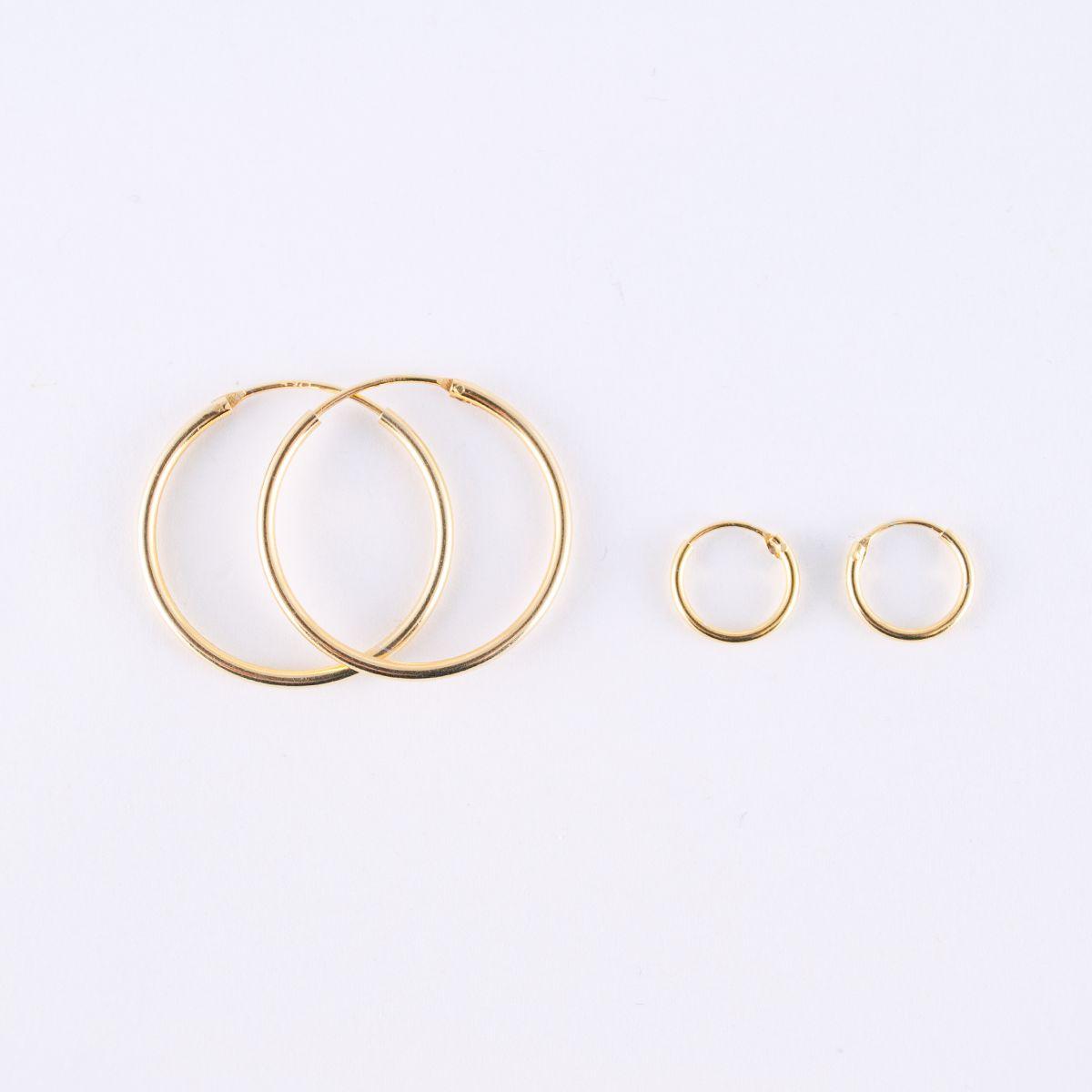 hopscotch_large hoop earrings size