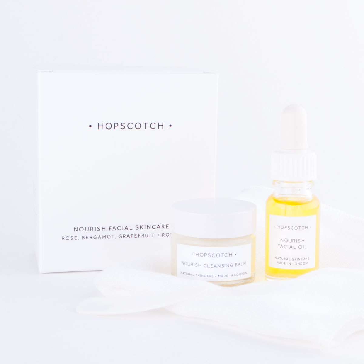 hopscotch nourish skincare set