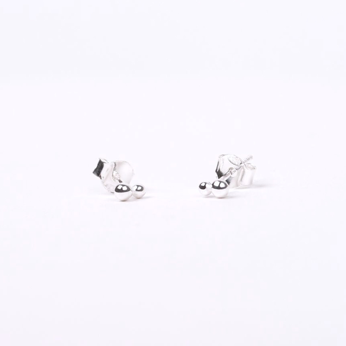 silver double dot stud earrings